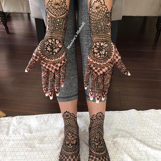 mehndi designs for foot and hand