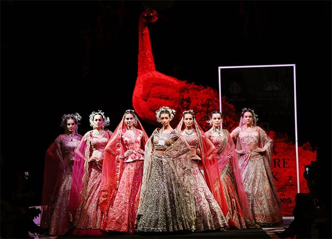 suneet-varma-collection-at-fdci-india-couture-week-2019