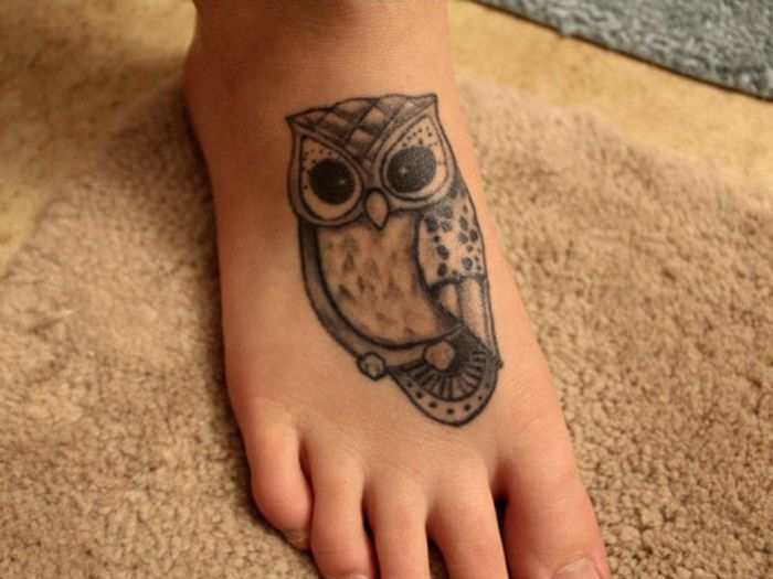 tattoos of owls for girls