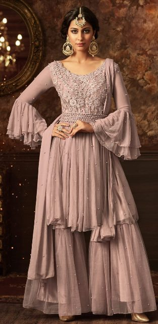 salwar-suit-along-with-pleated-style