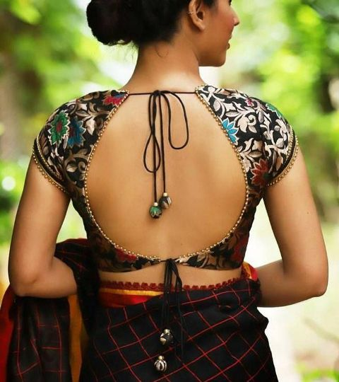 trendy-and-stylish-blouse-back-neck-designs-2020